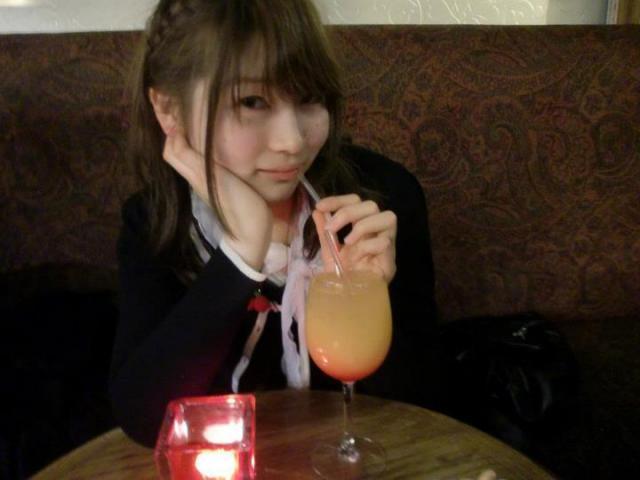 水着の女の子なんかを赤外線透撮してる画像YouTube動画>2本 ->画像>376枚